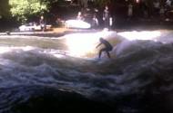 28_Eisbach_surf01